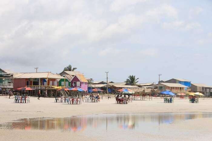 Localizada no litoral paraense, Bragança ostenta belíssimas praias, sendo a praia de Ajuruteua a mais famosa e procurada pelos visitantes