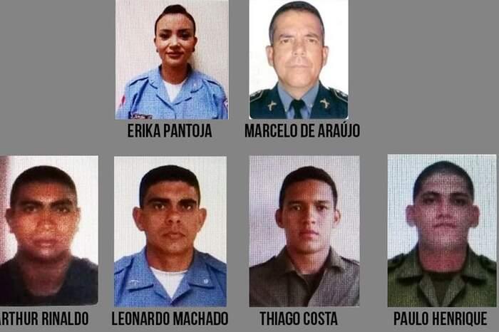 Os policiais presos na manhã desta quinta-feira. Três acusados ainda estão foragidos.