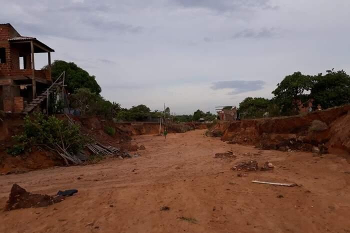Deslizamentos de terra atingiram o bairro Pajuçara
