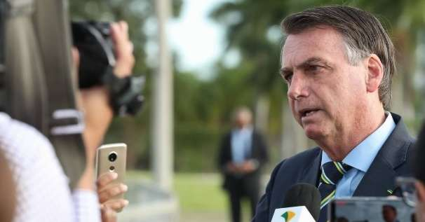 Resultado de imagem para Oposição critica convocação de Bolsonaro para manifestações do dia 15