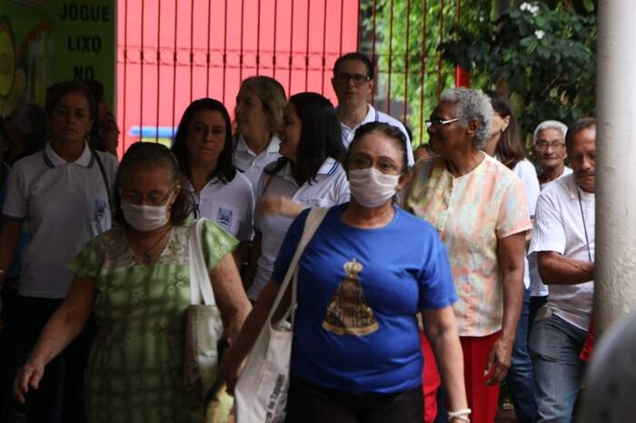 Fieis usaram máscaras na missa de abertura da Campanha da Fraternidade em Belém, sábado passado