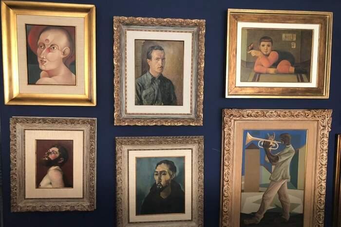 Inúmeras obras de arte foram encontradas na casa do investigado