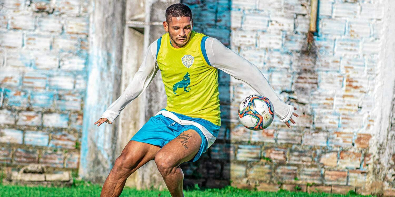 Atacante do Paysandu avalia disputa na reta final da 1ª fase da Série C:  'Bastante equilibrada'