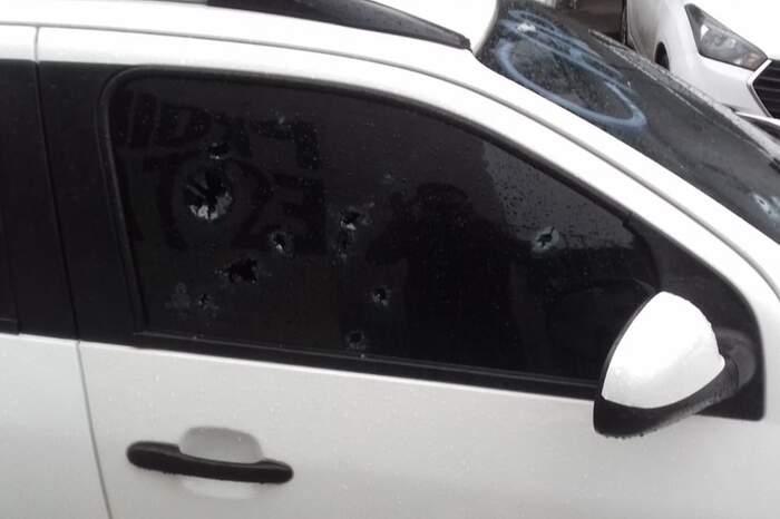 Moradores da Pedreira relatam que vários disparos foram ouvidos. Carro em que o vereador estava ficou marcado pelos tiros.